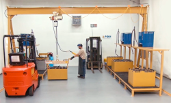 overhead forklift battery change with gantry crane